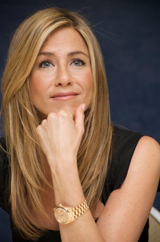 Jennifer Aniston. Жанры. Дата рождения.